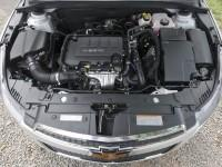 Шевроле Круз фото двигателя