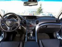 Салон Хонда Аккорд 2011