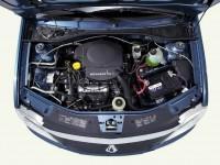 Фото двигателя Рено Логан