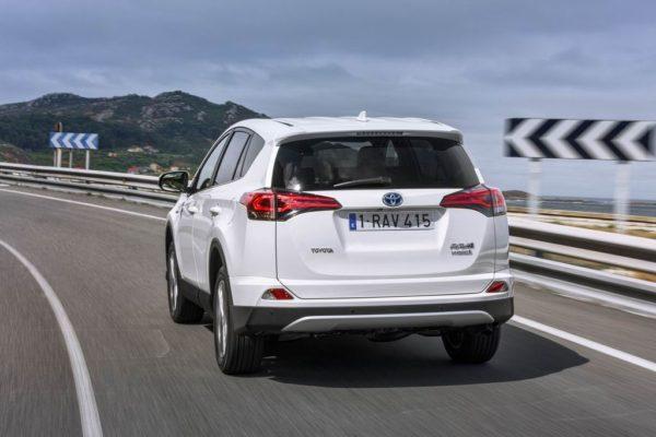 Отзывы о Toyota RAV4 IV