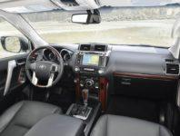 Фото салона Тойота Ленд Крузер Прадо 150