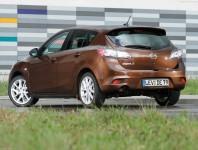 Mazda 3 хэтчбек 2013 фото