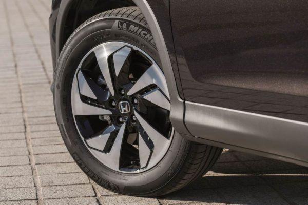 Фото Хонда СРВ 4 в новом кузове