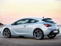 Opel Astra J GTC 2013 фото
