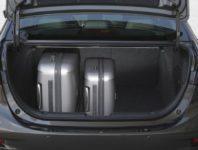Фото багажника Mazda 3 Sedan III