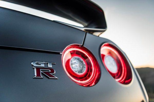 Ниссан GTR R35