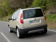 Skoda Roomster Scout фото