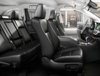 Салон нового Тойота Хайлендер 3