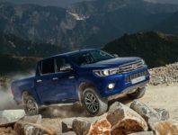 Фото нового Toyota Hulux 8