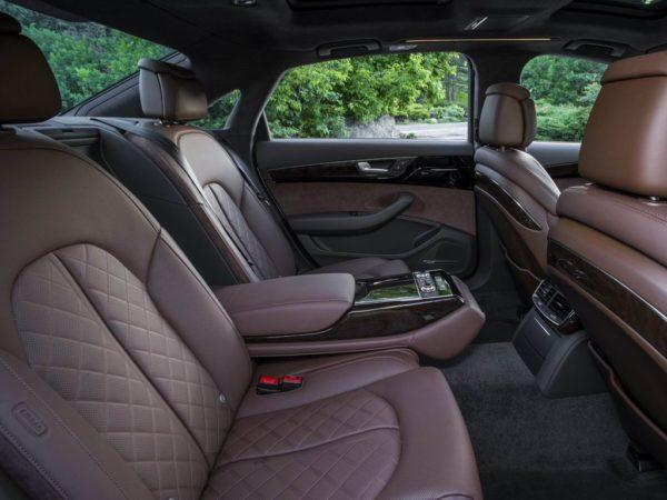 Интерьер Audi A8 D4