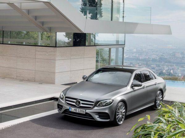 Фото Мерседес Е-класса в новом кузове W213