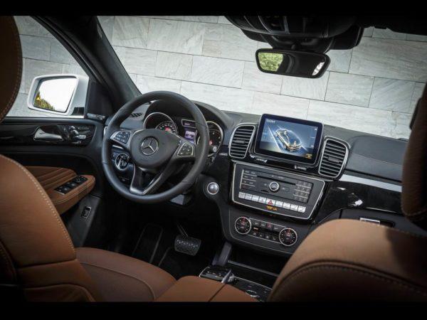 Салон Mercedes-Benz GLE Coupe