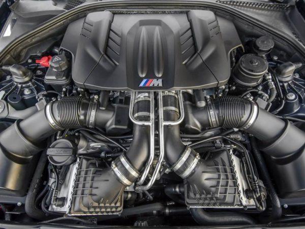 Двигатель BMW M5 F10