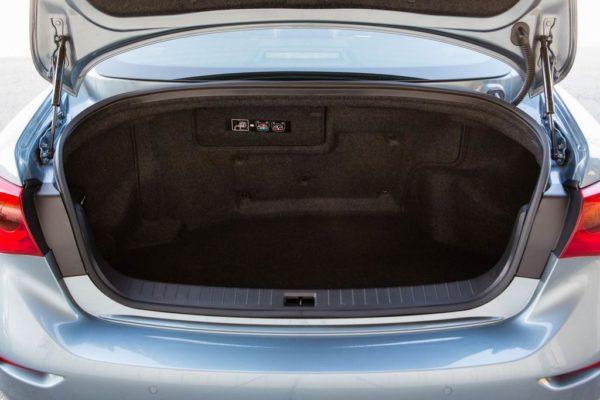 Багажник Инфинити Q50