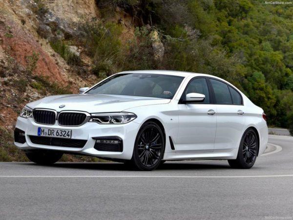 Фото новой BMW 5-серии G30