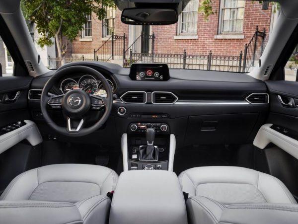 Салон новой Mazda CX-5