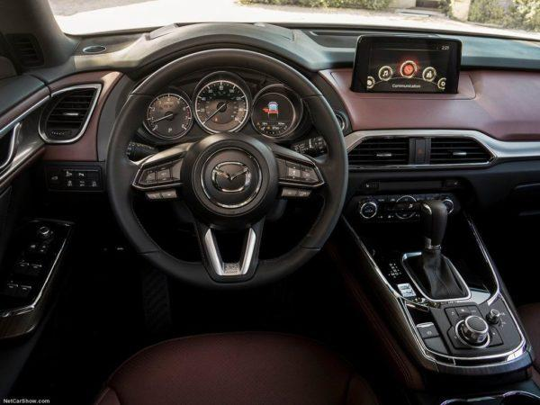 Салон Mazda CX-9 в новом кузове