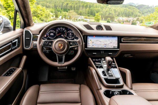 Салон Porsche Cayenne Coupe