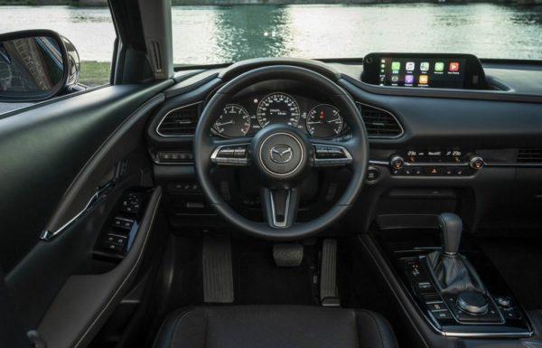 Салон Mazda CX-30