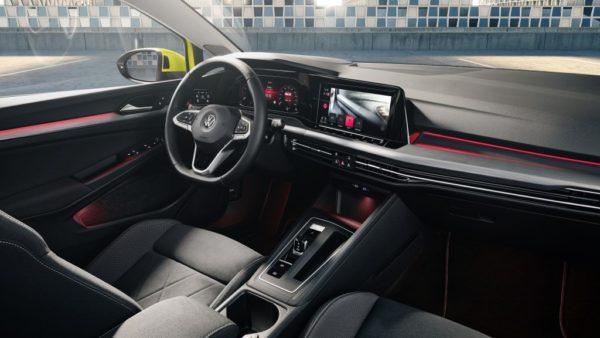 Салон нового Volkswagen Golf 8