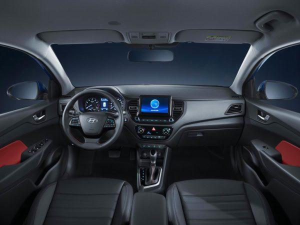 Салон Hyundai Solaris 2021