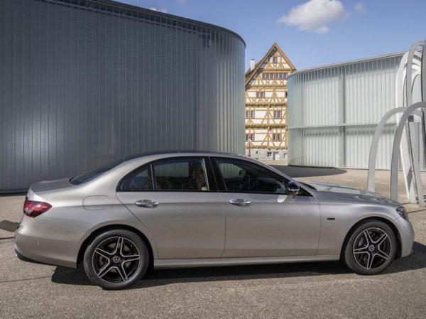 Новый Мерседес Е-класса W213 2020 года