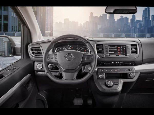 Салон Opel Zafira Life 2021